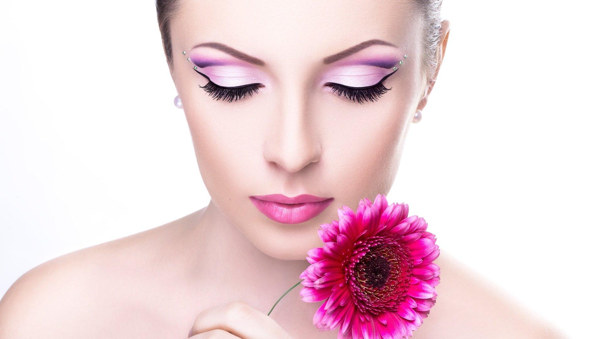 Перманентный макияж – качественная альтернатива декоративной косметике