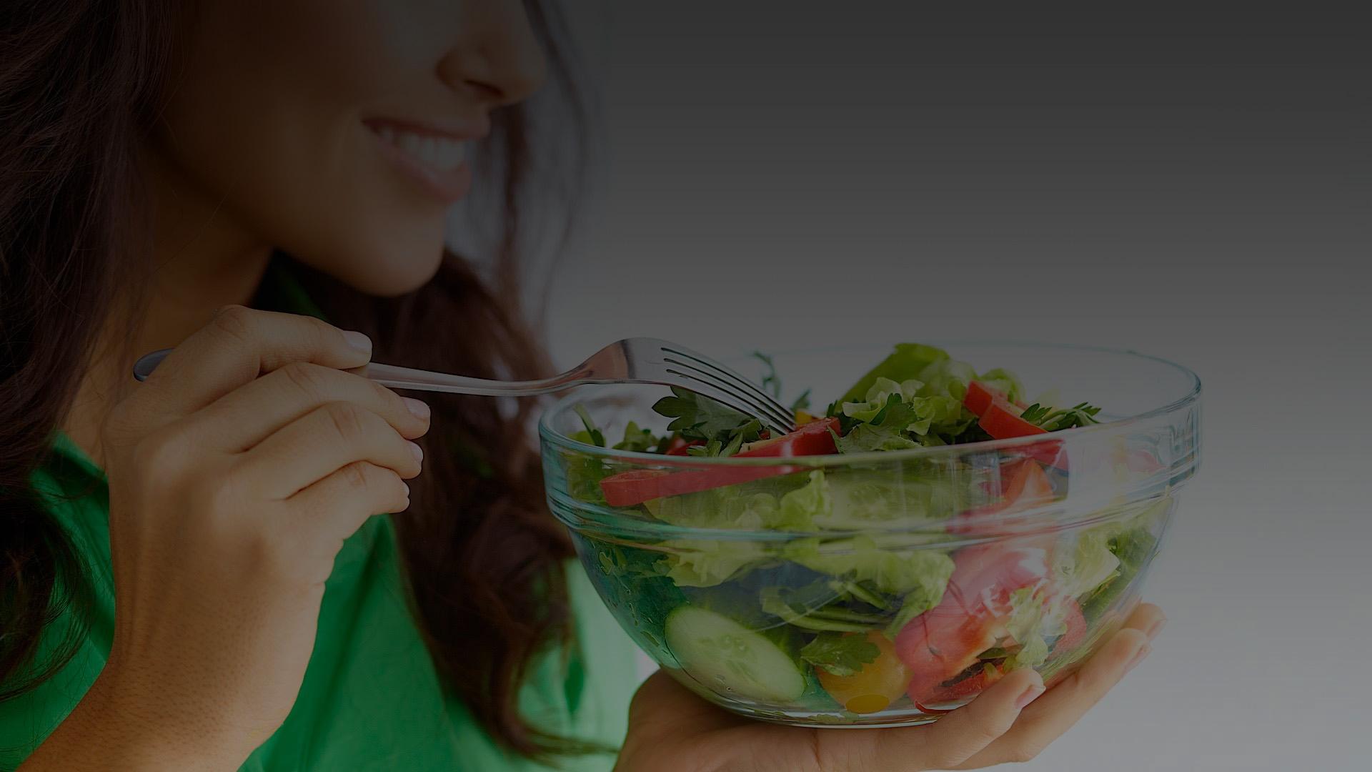 Правильное питание в борьбе женщины за красоту и здоровье